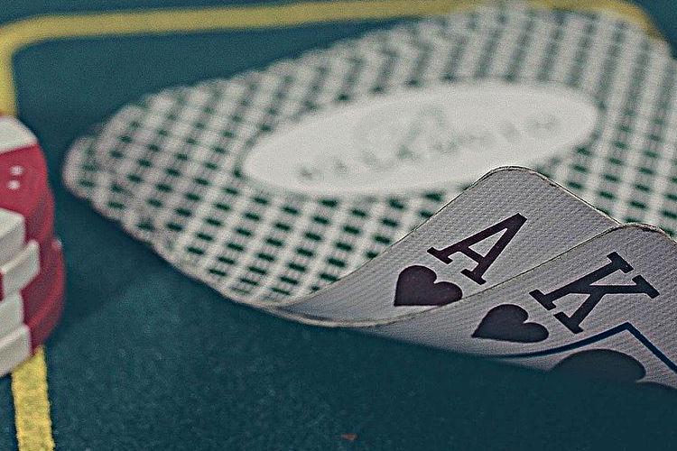 Jak grać w kasynie internetowym?
